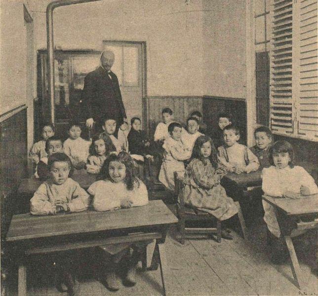 Imagen de una clase de la Institución Libre de Enseñanza