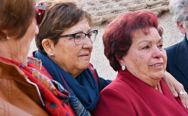 Familiares de Ángeles Arenas